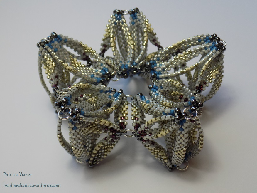 decagonal_kaleidocycle_beadmechanics_7